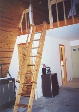 Loft Ladder Down   Image ...